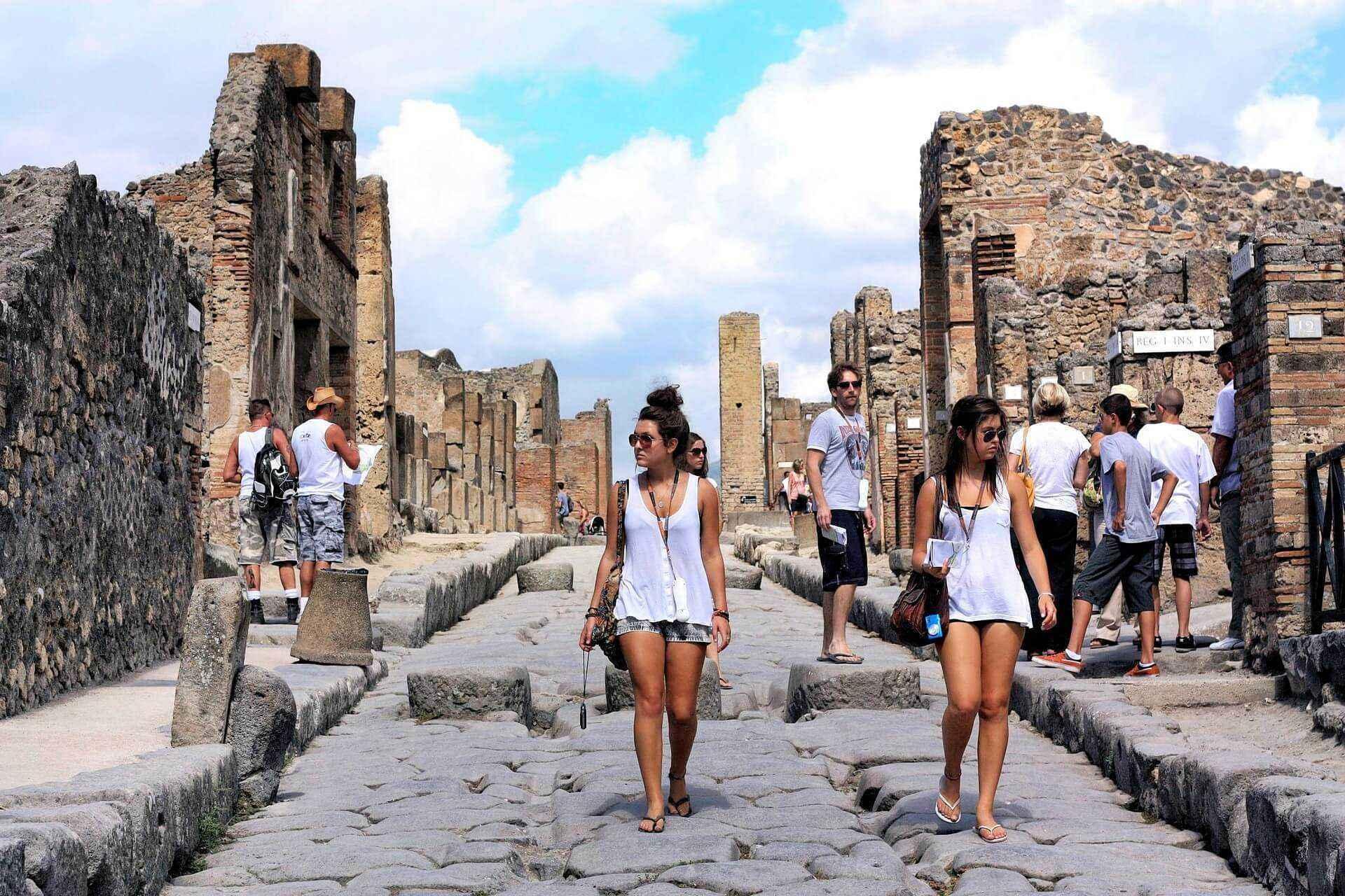ekskursiya-v-pompei
