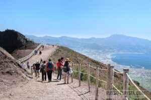 ekskursiya-pompei-vezuvij
