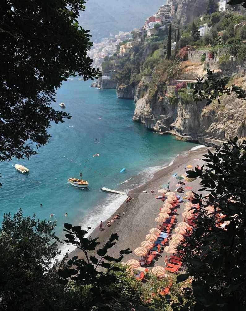 Пляжи Позитано, Ди Ариенцо