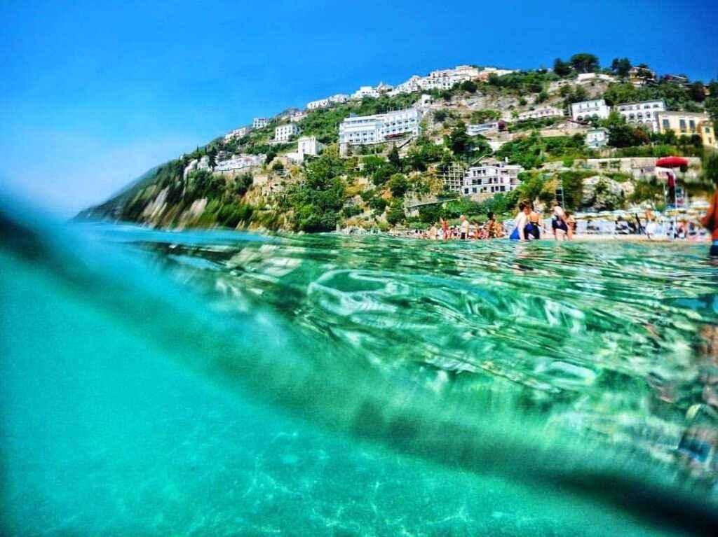 Пляж Виетри суль маре, амальфитанское побережье