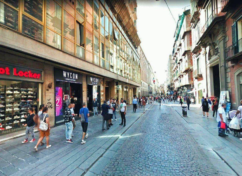 Ulica-Toledo-Neapol