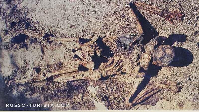 skelet-begleca-kak-pogib-gorod-gerkulanum